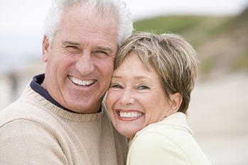 oldersmilingcouple